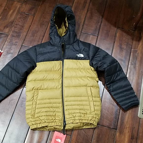 The North Face Other - NWT Boys North Face Reverseable Jacket M
